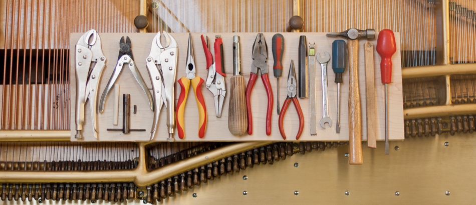 Stringing tools…